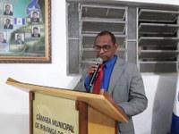 Presidente suspende atividades legislativas